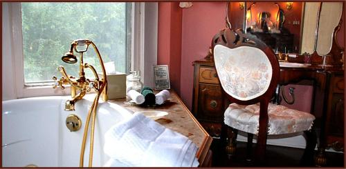 Hayes House Bed And Breakfast - Muskogee, OK 74401