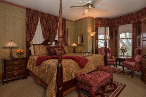 . Sutherland House Victorian Bed and Breakfast