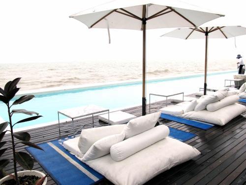 Brand New Luxury Pool Villa Suite @ Heart of Hua Hin-1 Brand New Luxury Pool Villa Suite @ Heart of Hua Hin-1