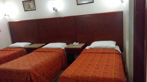 Pharaohs Hotel - image 11