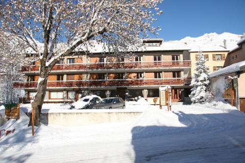 Hôtel Les Mottets - Hotel - Aussois
