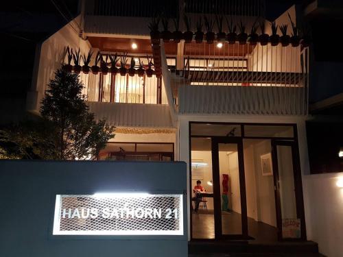 Haus Sathorn 21 photo 7
