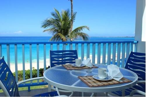HotelParadise Island Beach Club
