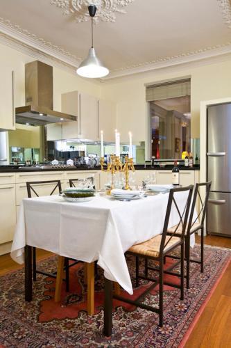 Apartment Penthievre photo 22