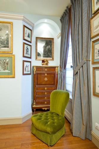 Apartment Penthievre photo 25