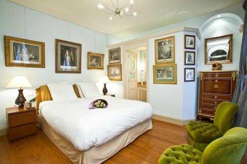 Apartment Penthievre photo 26
