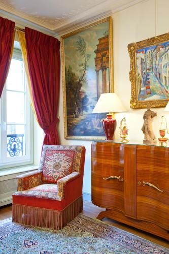 Apartment Penthievre photo 29