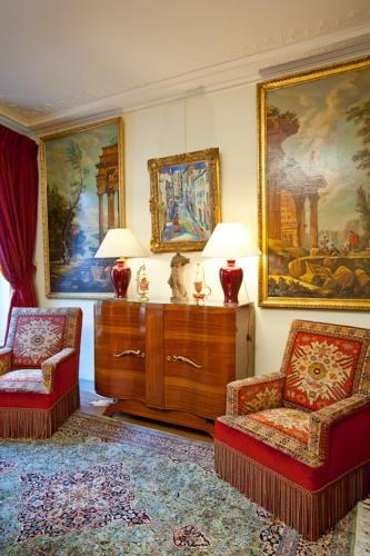 Apartment Penthievre photo 30