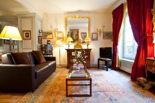 Apartment Penthievre photo 32