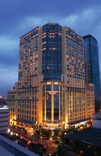 . New Coast Hotel Manila (formerly New World Manila Bay Hotel)