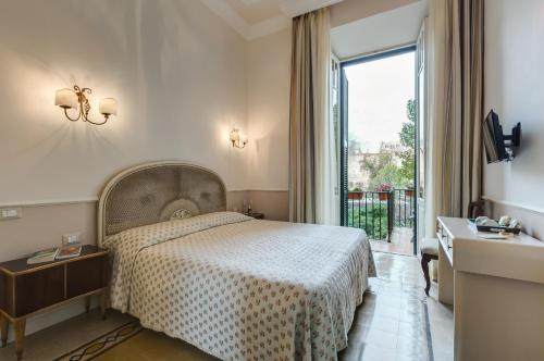 Hotel Rome Charming Suites