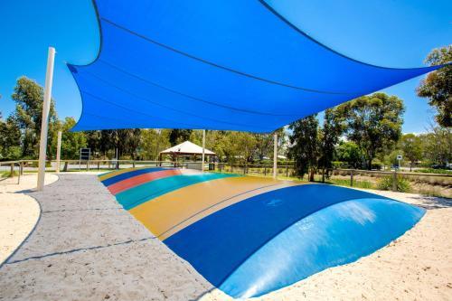Фото отеля BIG4 Deniliquin Holiday Park