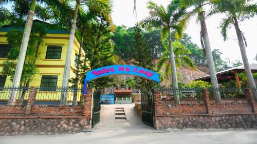 Ruby Halong Homestay