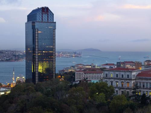 The Ritz-Carlton, Istanbul at the Bosphorus