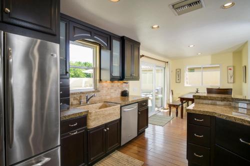 De Anza Way House 74310 Home - Palm Desert, CA 92260