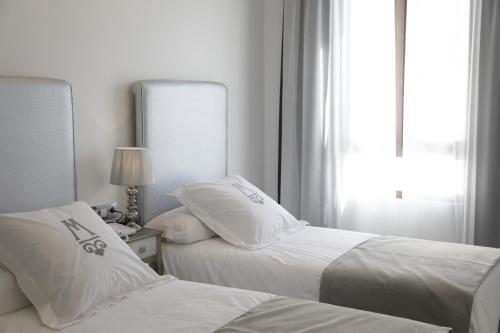 Double or Twin Room - single occupancy La Casa del Médico 8