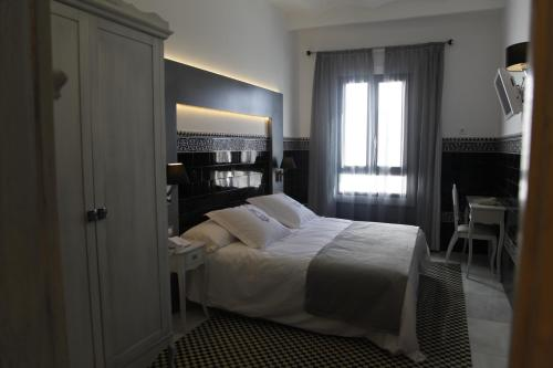 Double or Twin Room - single occupancy La Casa del Médico 9
