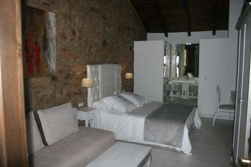 Superior Double Room - single occupancy La Casa del Médico 15