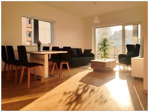 . Central Comfort Suites