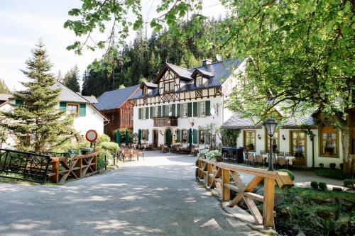Gasthof Bischofsmühle - Hotel - Helmbrechts