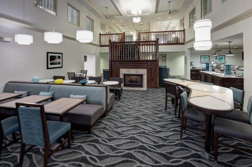 Homewood Suites By Hilton Mahwah Nj - Mahwah, NJ 07430
