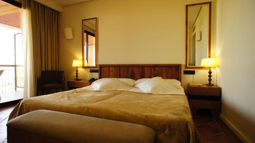 Double or Twin Room with City View - single occupancy Hotel Cigarral el Bosque 13