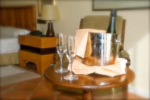 Romantic Package Hotel Cigarral el Bosque 11