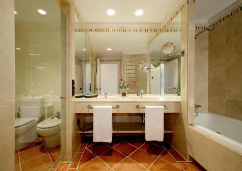 Triple Room Hotel Cigarral el Bosque 8