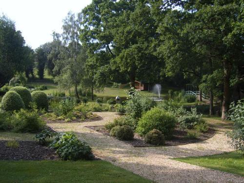 Mount Pleasant Lane, Lymington, Hampshire, SO41 8LS, England.