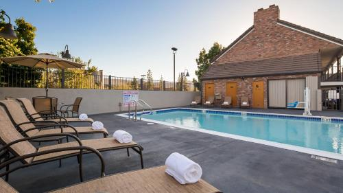 Best Western Country Inn - Temecula, CA 92590