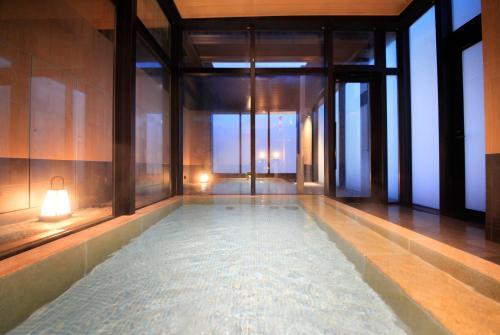 Candeo Hotels Tokyo Shimbashi photo 12