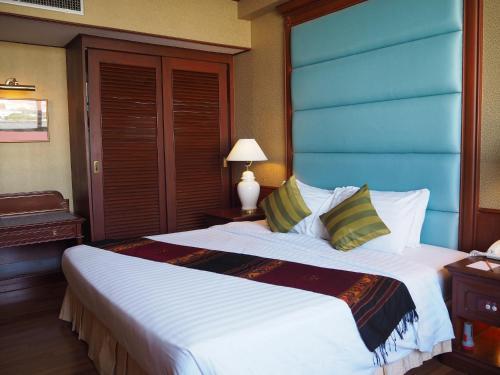 . Charoen Thani Hotel, Khon Kaen