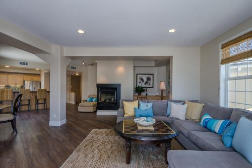 55 San Miguel Three-Bedroom Apartment - Avila Beach, CA 93424