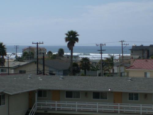 346 Ocean View Two-Bedroom Apartment