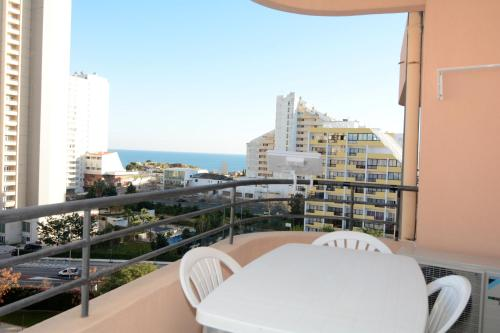 Superior Two-Bedroom Apartment with Sea View - 26
