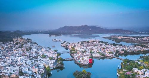 Oolala - Your lake house in the center of Udaipur
