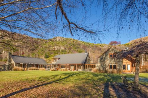 Wharenui Holiday Home by MajorDomo - Arrowtown