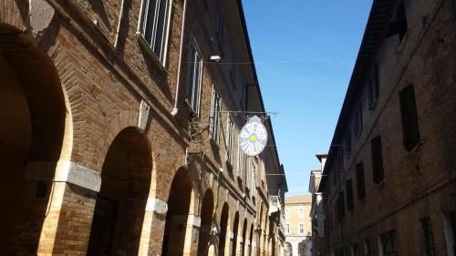 __{offers.Best_flights}__ Albergo Italia