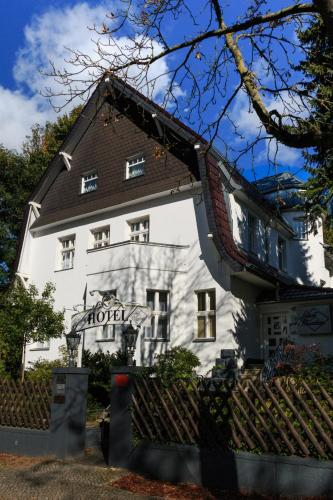Hotel Landhaus Schlachtensee (B&B)