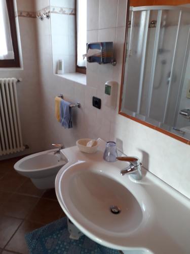 Hotel Albergo Ristorante Conca Azzurra (Colico) da 68€ - Volagratis