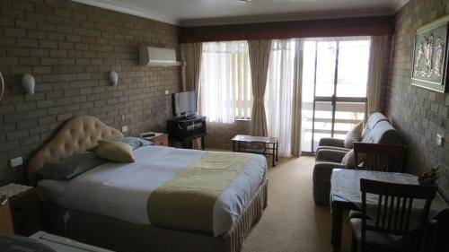 Фото отеля Beachview Motel - Adults Only