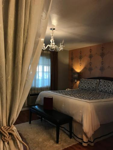 Chardonnay Lodge - Napa, CA CA 94558