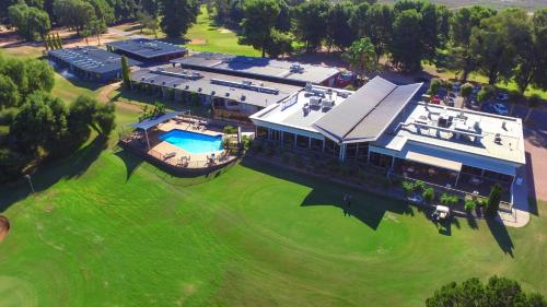. Renmark Country Club