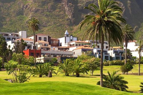Calle La Finca s/n, 38480 Buenavista del Norte, Tenerife.
