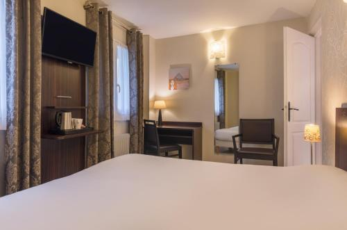 L'Ouest Hotel photo 25