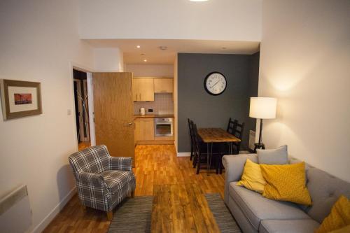 G1 Apartment