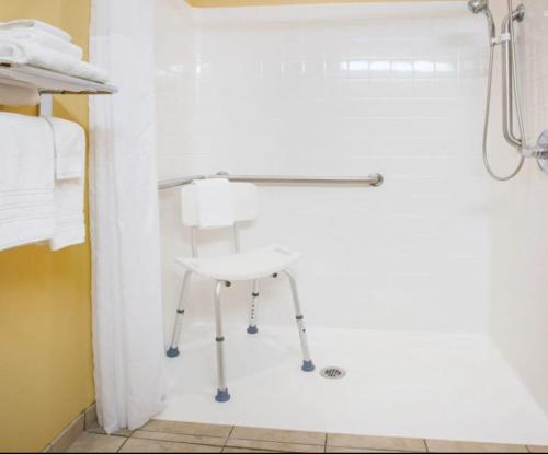 Microtel Inn & Suites By Wyndham Stillwater - Stillwater, OK 74075