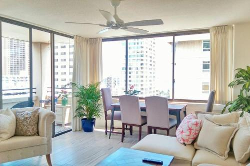Oceanview Condo In Waikiki - Honolulu, HI 96815