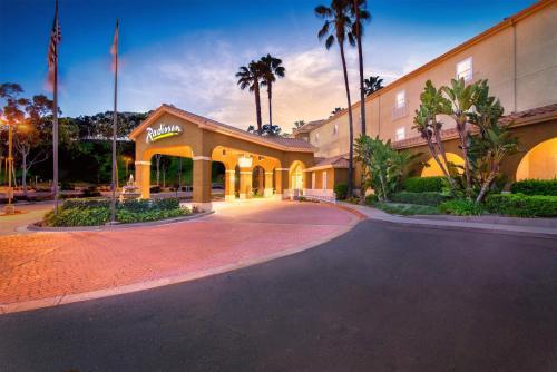 Radisson Hotel San Diego Rancho Bernardo - San Diego, CA 92127