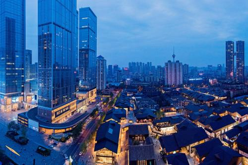 . Chengdu Cloud Service Apartment Chunxi Taikoo Branch